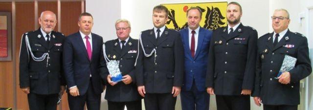 Pół miliona złotych dofinansowania do zakupu sprzętu ratowniczego dla OSP. Pomorscy Radni jednogłośni.