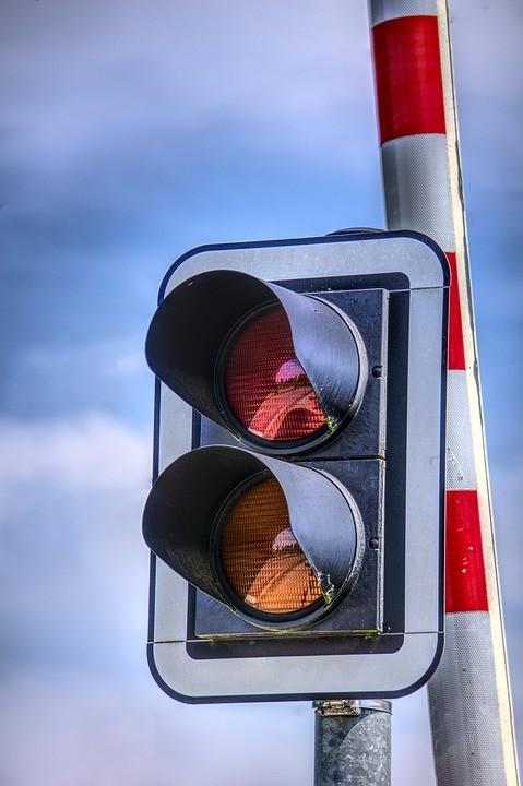 Utrudnienia drogowe w związku z naprawą toru przy Królewie Malborskim.