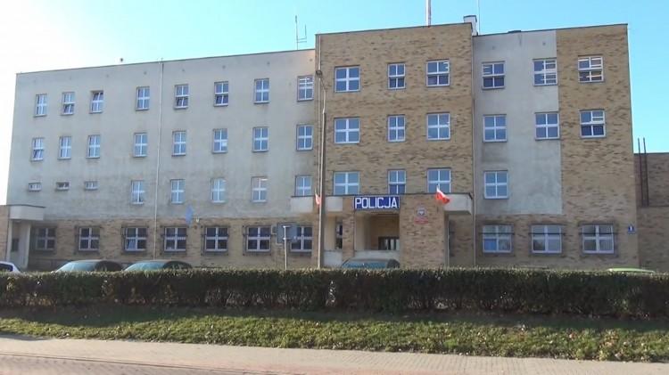 Ty też oddaj krew. Honorowa akcja malborskiej policji związana z rocznicą odzyskania przez Polskę niepodległości.