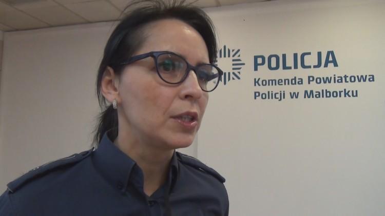 Peugeot w rowie, kilka kolizji drogowych i apel policji – weekendowy raport malborskich służb mundurowych.