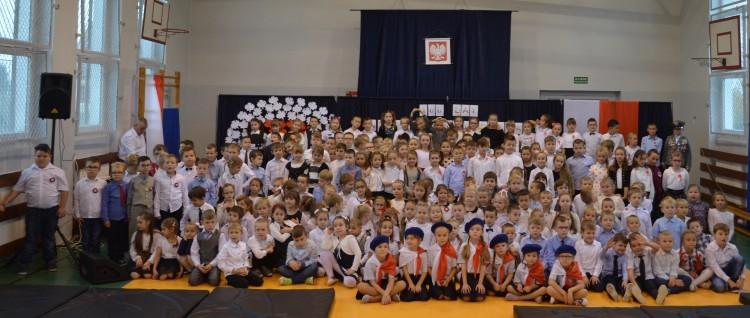 Święto Niepodległości w Zespole Szkolno - Przedszkolnym w Nowym Stawie.