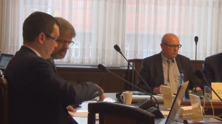 Wynagrodzenie Starosty ustalone, składy komisji wybrane - II posiedzenie Rady Powiatu Malborskiego.