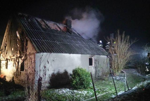 Pożar w Gminie Lichnowy. Spłonęła kobieta.