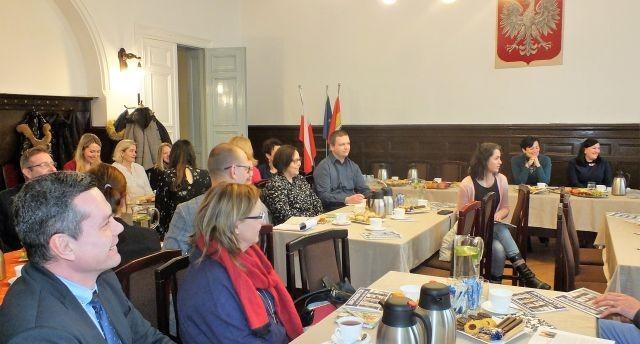 Konferencja na temat edukacji w powiecie malborskim