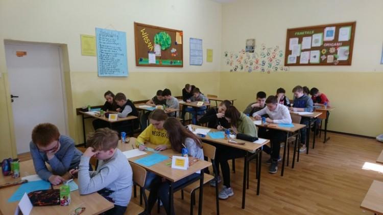 """""""Matematyczny Czar Par Na Wesoło"""" konkurs w Szkole Podstawowej nr 1 w Malborku"""