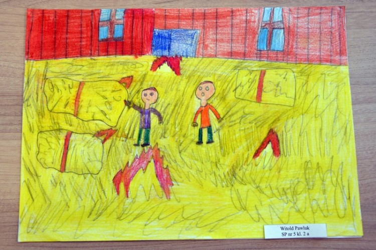 """Malbork: """"Zagrożenia wypadkowe w indywidualnych gospodarstwach rolnych"""". Wyniki konkursu plastycznego dla uczniów."""