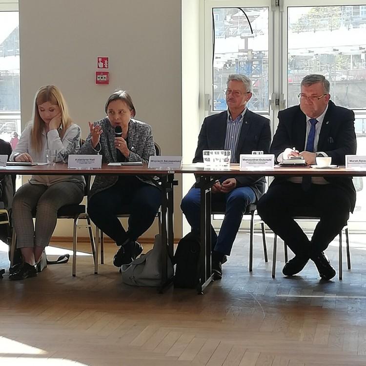 Na posiedzeniu Pomorskiej Rady Oświatowej wsparto postulaty nauczycieli.