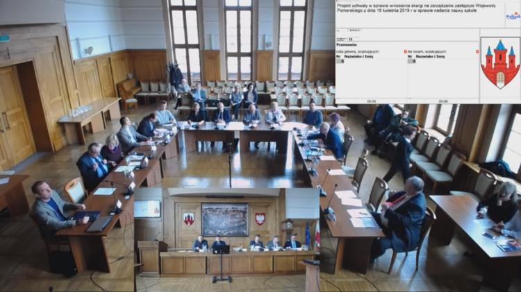 IX nadzwyczajna sesja Rady Miasta Malborka. Zobacz na żywo