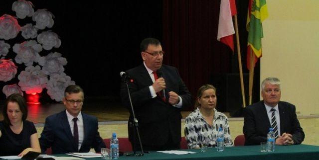 Podczas Uroczystej Sesji Rady Gminy Stare Pole uczczono 30.rocznicę wyborów w 1989 roku