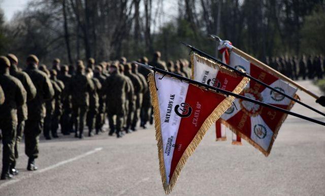 Malbork: Zdali maturę, ukończyli szkolenie i zostali żołnierzami WOT