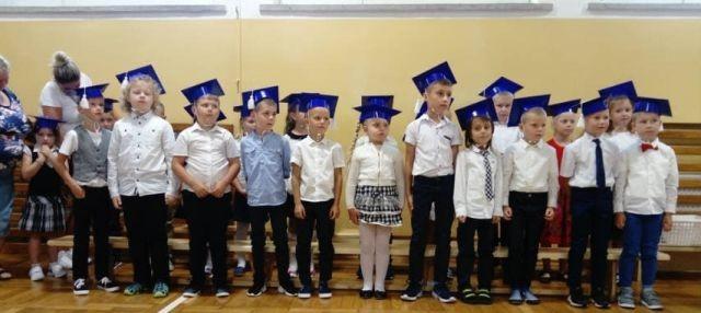 Uroczystość pasowania na ucznia w SP nr 6 w Malborku.
