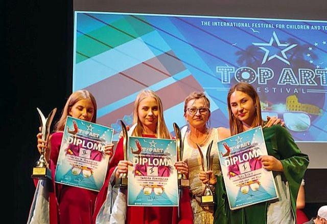 Sukces uczennicy I LO w Malborku na Międzynarodowym Festiwalu Dzieci i Młodzieży w Rzymie.