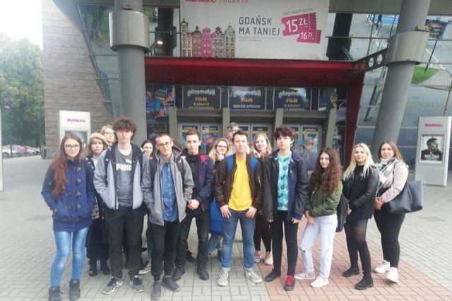 Wycieczka uczniów II LO w Malborku na spektakl King Lear