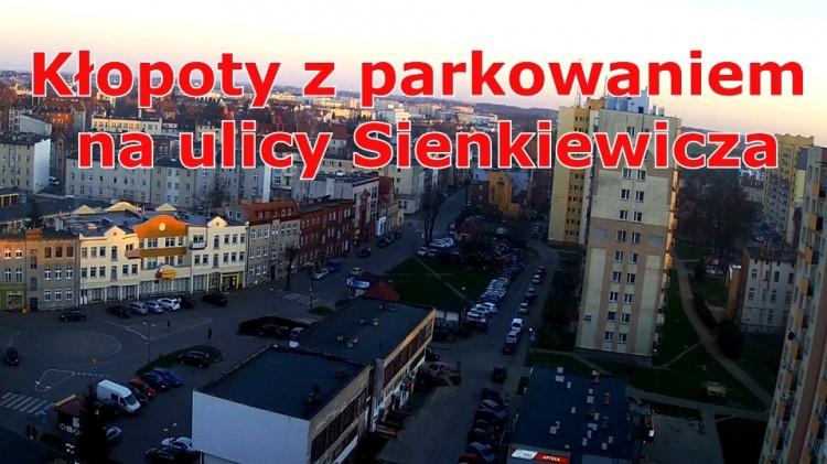 Na osiedlowych parkingach brakuje miejsc. A samochodów w Malborku wciąż przybywa.