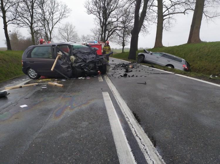 W wypadku drogowym pod Sztumem zginął kierowca osobówki.