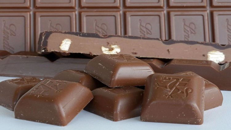 Jego łupem było 5 sztuk czekolad.
