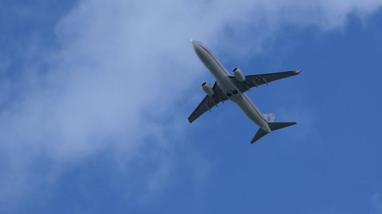 Myśliwce eskortowały statek pasażerski na malborskim niebie. Zobacz wideo.