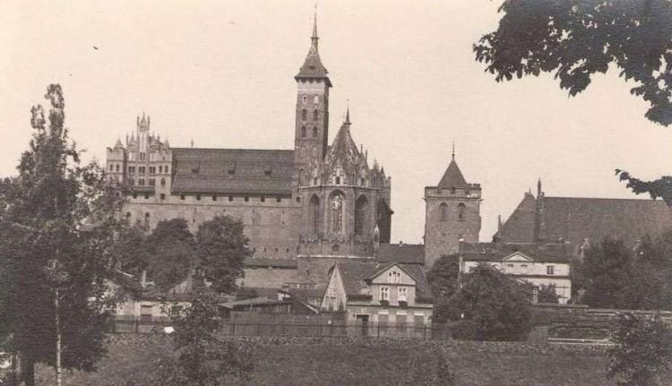 """""""Książę Kościoła w Malborku"""" (cz.1, rok 1950)"""