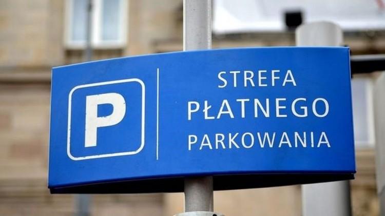 Koniec darmowego parkowania w Stegnie.