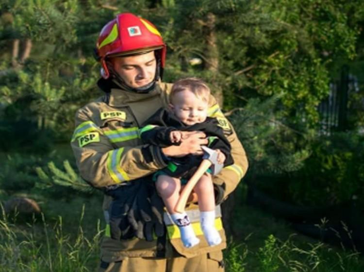 """""""Pokażmy siłę strażaków, pokażmy, że nie tylko podczas działań można na nas liczyć"""" - pomóżmy małemu Olkowi pokonać SMA."""