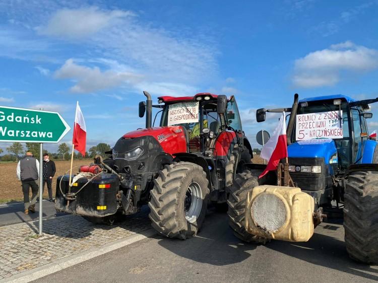 W Rychnowie Żuławskim odbył się protest branży rolniczej przeciwko tzw.