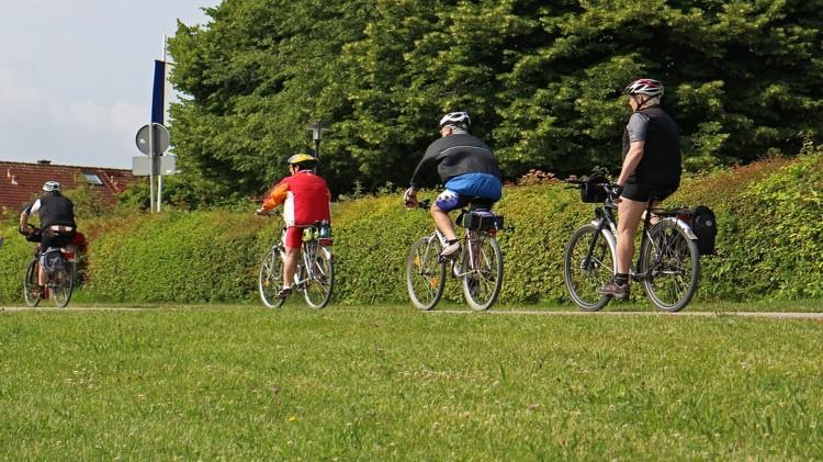 Obszar Metropolitalny pomaga gminom budować drogi rowerowe.