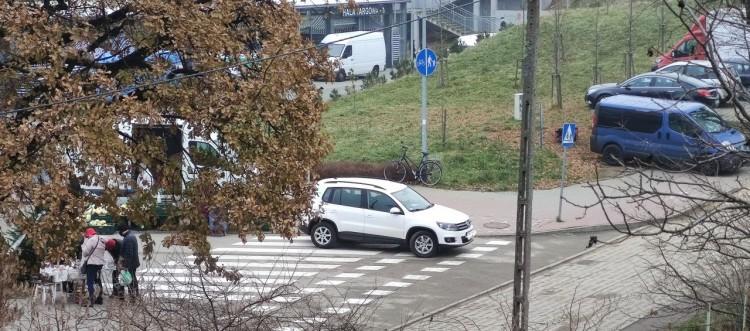 Mistrz (nie tylko) parkowania na Targowej w Malborku.
