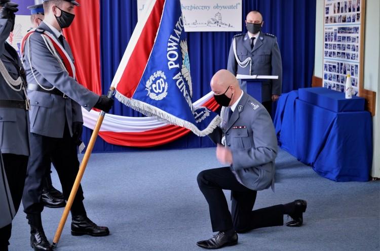 Tczew. Po ponad 30 latach służby insp. Dariusz Krasula odszedł na emeryturę.