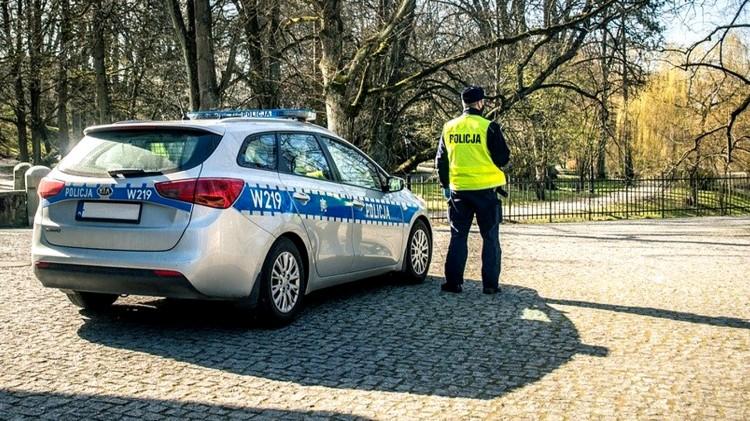 Malbork. Prawie 100 policjantów na ulicach powiatu podczas długiego weekendu majowego.