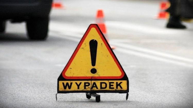 Motocyklista w szpitalu po wypadku w Trępnowach – weekendowy raport malborskich służb mundurowych.