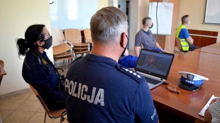Malbork. Zakład Karny edukuje pijanych i brawurowych kierowców.