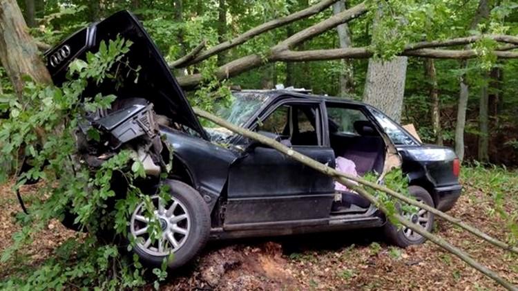 DW607. Kierowca pod wpływem alkoholu i narkotyków. Pięć osób w szpitalu.