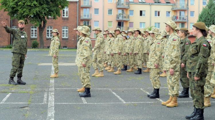Malbork. Terytorialsi szkolą absolwentów szkół mundurowych.