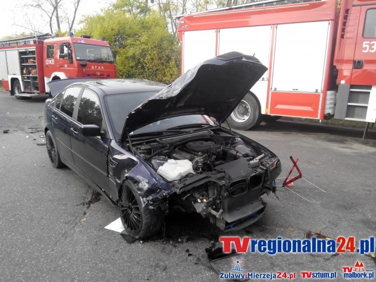Dwie osoby poszkodowane po czołowym zderzeniu osobówek w Górkach – 28.10.2015