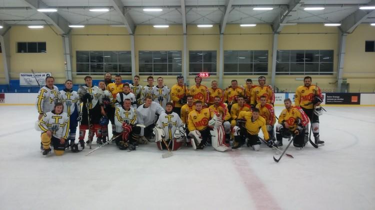 UKS Bombek SP3 z Malborka uczestniczyli w turnieju hokeja na lodzie w Giżycku - 09-10.04.2016