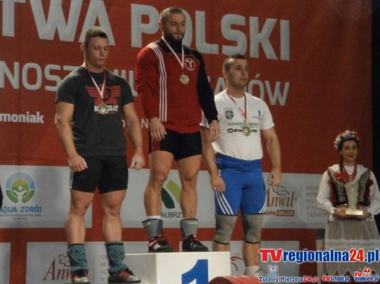 Bartosz Samp - bezkonkurencyjny w Pucharze Marszałka Województwa Pomorskiego. Międzynarodowy turniej Podnoszenia Ciężarów w hali