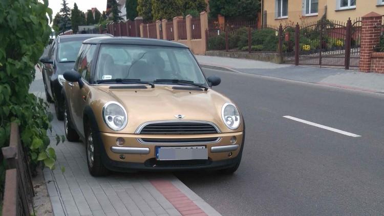 Jak rozwiązać problem parkowania na Kochanowskiego? Kolejni Mistrzowie(nie…