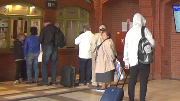 Widzowie pytają: Czy na dworcu w Malborku pojawią się automaty biletowe?…