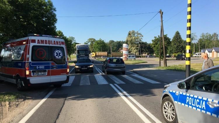 86- letni kierowca nie zauważył pieszej na pasach. 90- letnia kobieta…