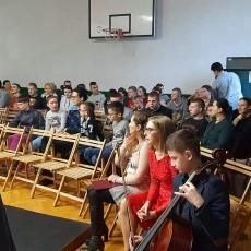 Zespół Fantazja z SP2 w Malborku zaprezentował jasełka w Uśnicach.…