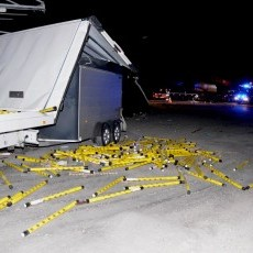 Wypadek na DK22 z udziałem 3 pojazdów. Jedna osoba w szpitalu.
