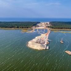 Wrzesień 2020 na budowie drogi wodnej łączącej Zalew Wiślany z Zatoką…