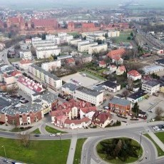 Malbork. PEMAL wkrótce zniknie z centrum miasta. Rozpoczęła się rozbiórka…